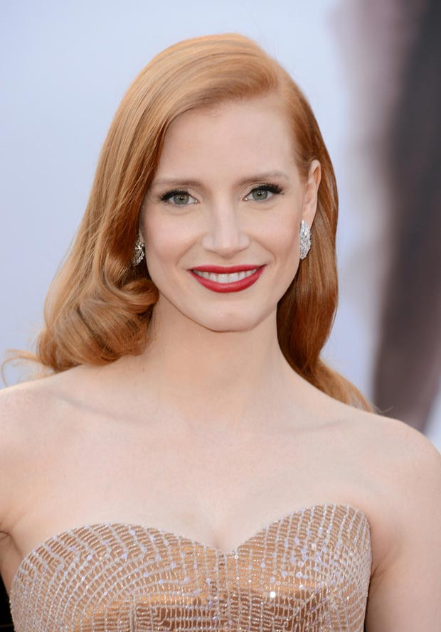 jessica-chastain-oscars-2013-makeup-hair