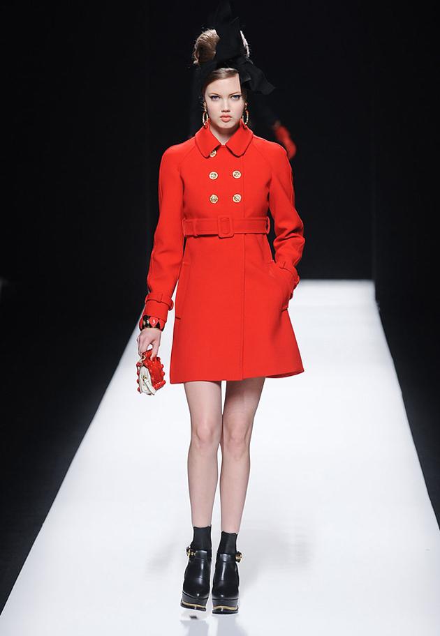 moschino-red-coat