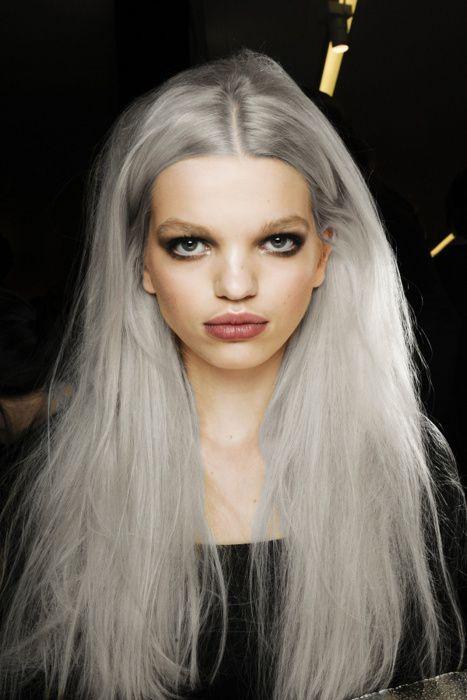 Granny chic hair on models