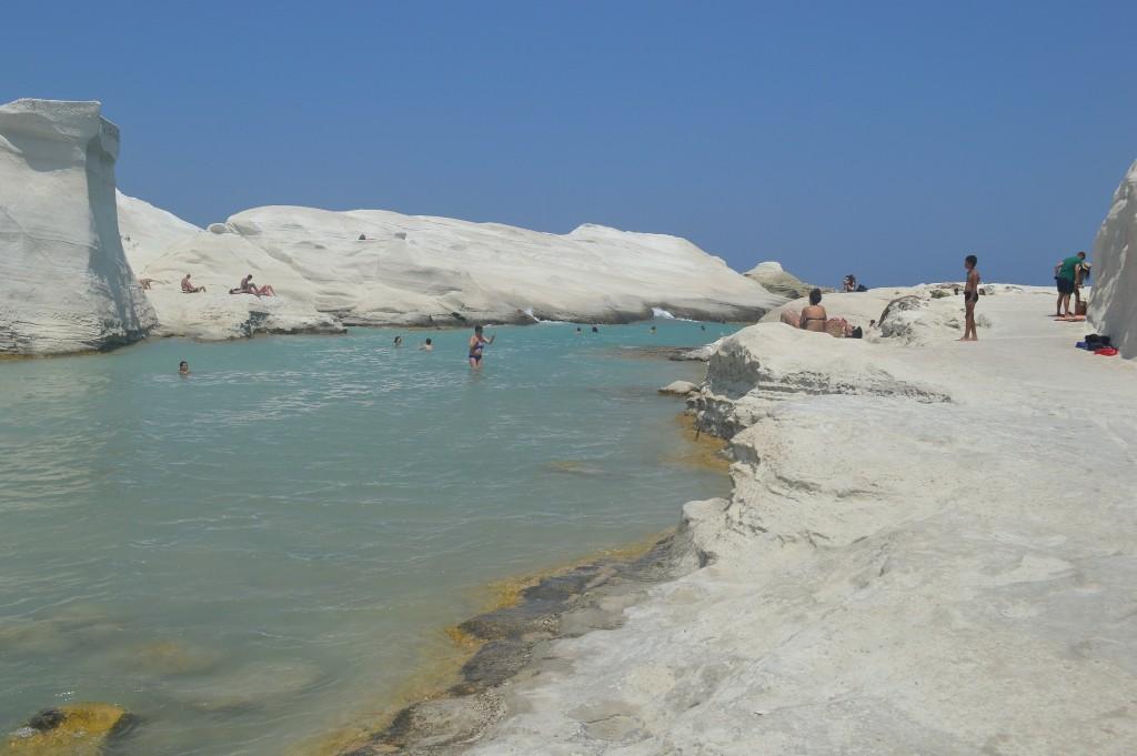 Sarakiniko Beach