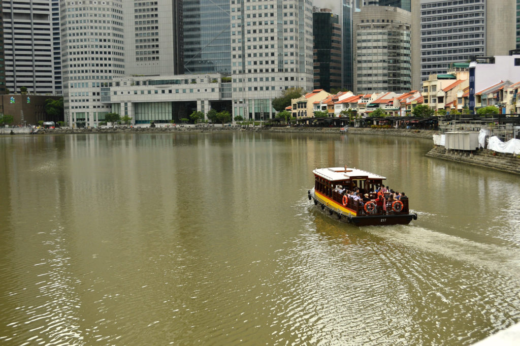 Boat ride singapore