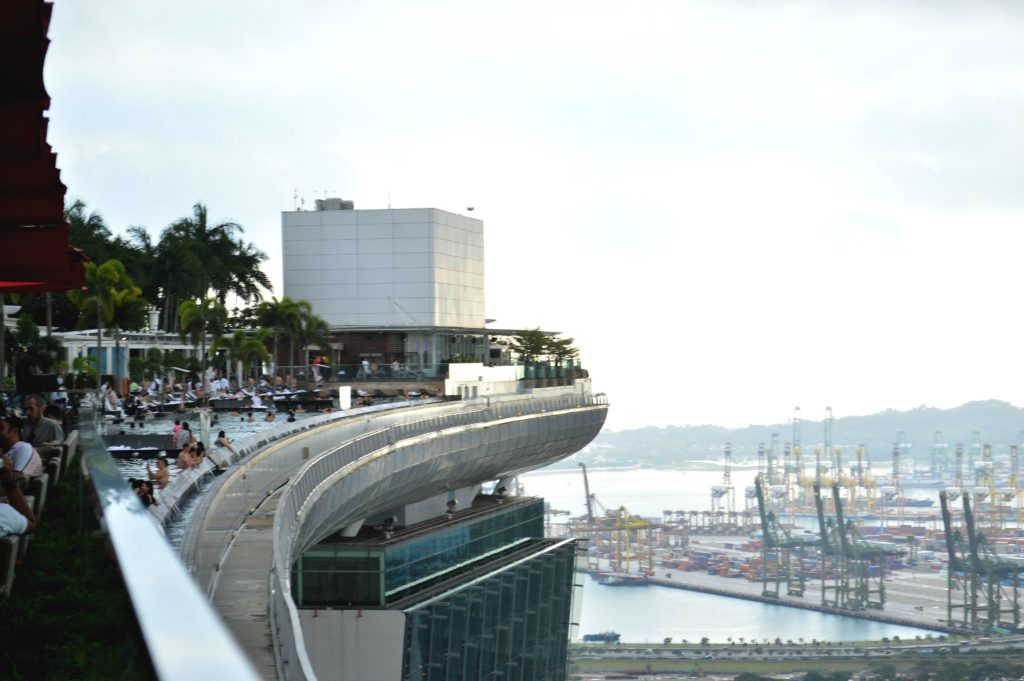 The 3 day travel guide to singapore just kassi for Marina bay sands swimming pool entrance fee