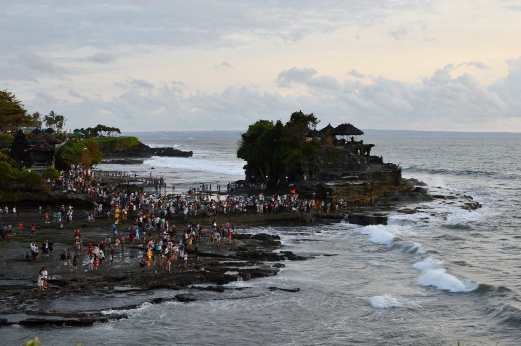 Tanah Lot Sea side