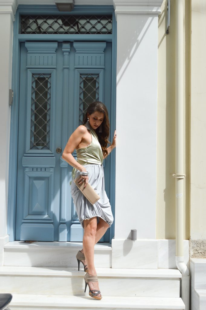 greek fashion blogger